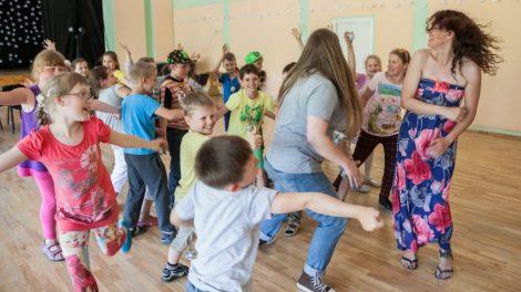 Dar daugiau dėmesio vaikų vasaros poilsiui: skelbiamas papildomas vaikų vasaros stovyklų konkursas