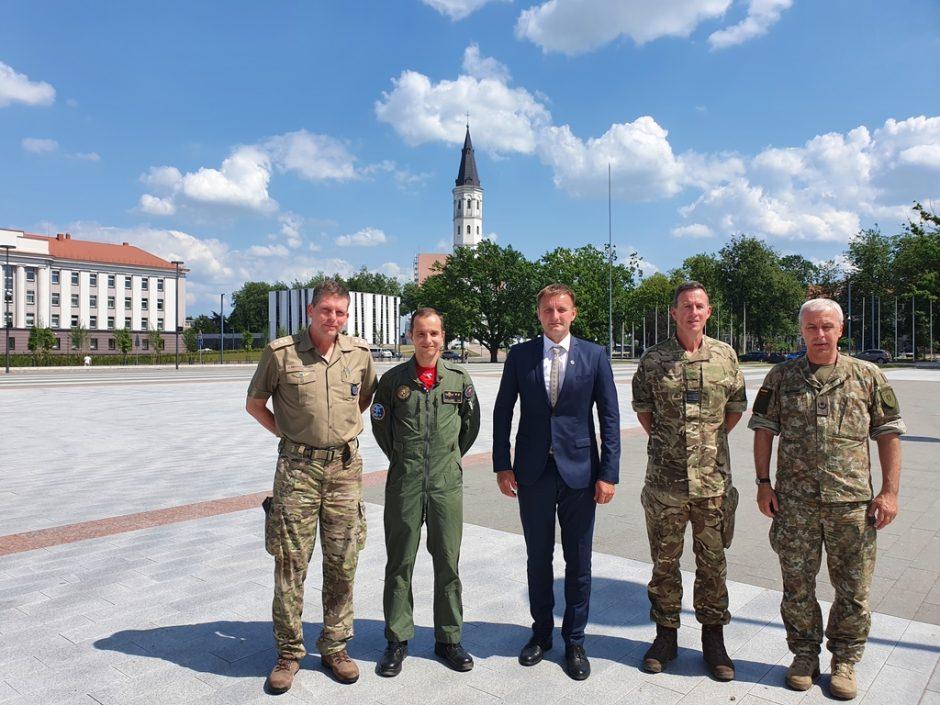 Šiaulių meras susitiko su NATO pajėgų integravimo vieneto grupės vadu