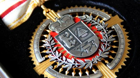 Kviečiame teikti kandidatūras Šiaulių miesto garbės piliečio vardui suteikti