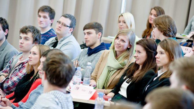 Seimas patvirtino: nuo kitų metų pradžios Šiaulių universitetas taps Vilniaus universiteto Šiaulių akademija