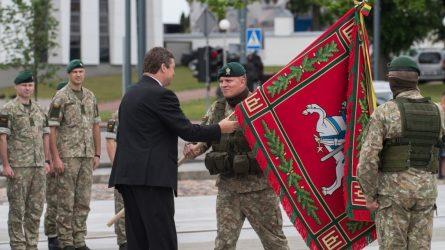 Kunigaikščio Margirio pėstininkų batalionui įteikta kovinė vėliava