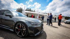"Trečiąjį sezoną pradeda ""Audi Sport Driving Academy"""
