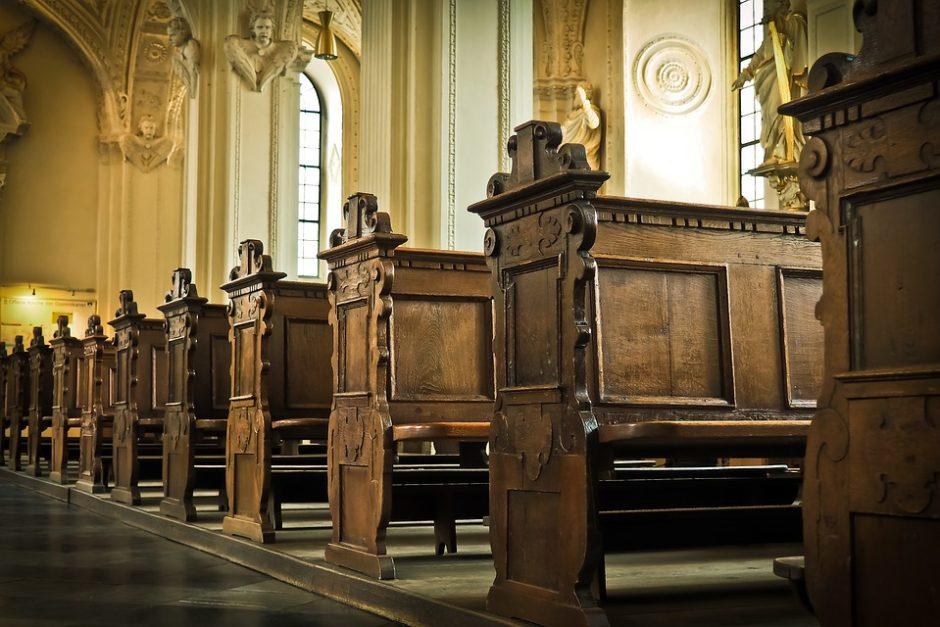 Į bažnyčias ir parduotuves laužęsi mažeikiškiai stos prieš teismą