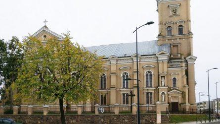 Joniškio rajono savivaldybėje svečiavosi Šiaulių vyskupas Eugenijus Bartulis