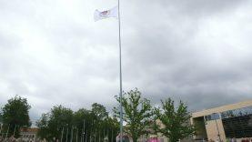 Atnaujintoje Prisikėlimo aikštėje suplazdėjo Šiaulių vėliava
