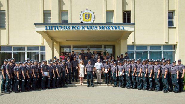 Iškilminga valstybingumo šventė Lietuvos policijos mokykloje