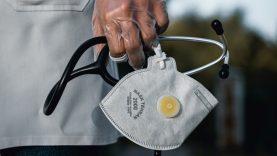 Rytų Lietuvos regiono medikams įteikti apdovanojimai už indėlį suvaldant koronavirusą