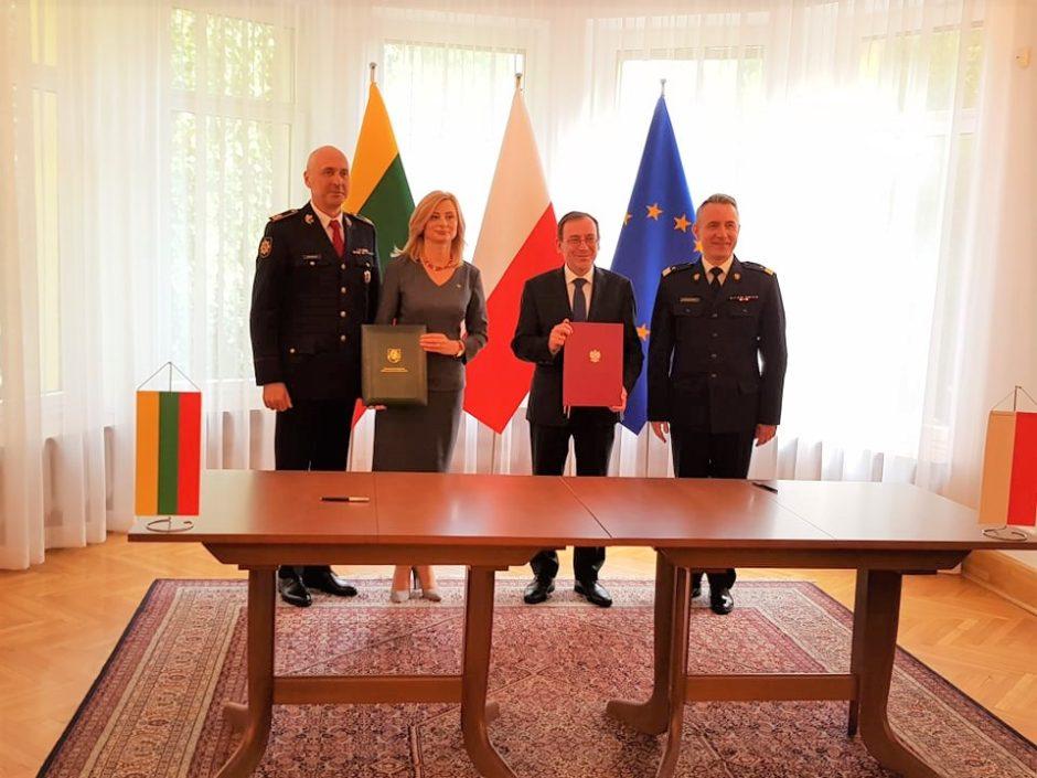 Lietuvos ir Lenkijos vidaus reikalų ministrai pasirašė bendradarbiavimo susitarimą