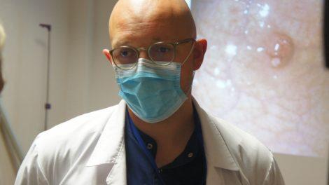 Respublikinėje Šiaulių ligoninėje pirmą kartą šalyje skrandžio navikas pašalintas endoskopu