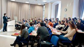 Prie ŠMSM iniciatyvos skatinti pirmakursius jungiasi ir kitos ministerijos: numatyta daugiau tikslinių stipendijų