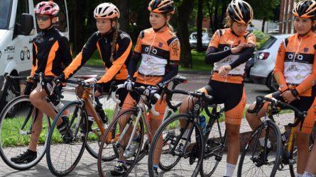 Į vasaros stovyklą išlydėti rajono dviratininkai