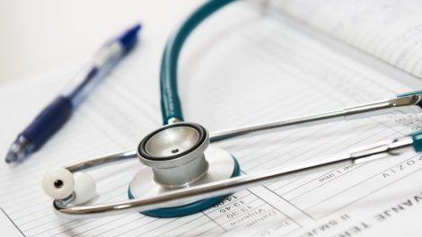 Už kyšininkavimą nuteistas NDNT darbuotojas ir šiauliečiai medikai