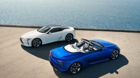 """""""Lexus"""" pristato atnaujintą LC 500 kupė ir naują """"LC 500 Convertible"""""""