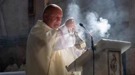 Rugpjūčio Marijos dienos kvietimas į šventumą kasdienybėje