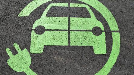 Pritarta Alternatyvių degalų įstatymui – transporto sektorius vystysis pagal Žaliąjį kursą