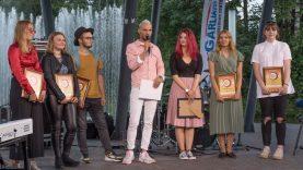 """Garliavą sudrebino finalinis Jaunimo muzikos festivalio """"Mūz'on'as"""" nugalėtojų koncertas"""