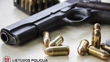 Pas joniškiečius – nelegalūs ginklai ir šaudmenys