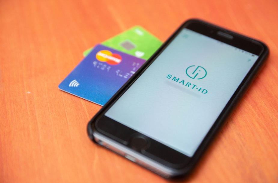 """Už """"Smart-ID"""" programėlės gali kyšoti  ir neatidžius vartotojus žvejojanti sukčių meškerė"""