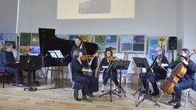 """Varėnoje – įspūdingas koncertas """"Čiurlionio Zodiakas"""", skirtas M. K. Čiurlionio gimimo 145-osioms metinėms"""