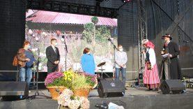 Apdovanoti Kretingos rajono aplinkos puoselėtojai
