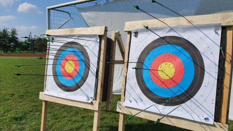 Šaudymas iš lanko – naudingas ir visiems moksleiviams tinkantis sportas. Ar sportas mokyklose skirtas tik judriems vaikams?