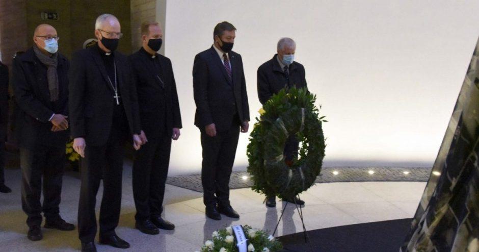 Tuskulėnų rimties parko memorialiniame komplekse pagerbtas Tuskulėnų aukų atminimas