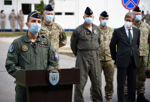 Antano Gedrimo KOP AB  nuotraukos:  Rugsėjo  1 d.  NATO oro policijos misijos kontingentų pasikeitimo ceremonijoje Lietuvos karinių oro pajėgų Aviacijos bazėje Šiauliuose