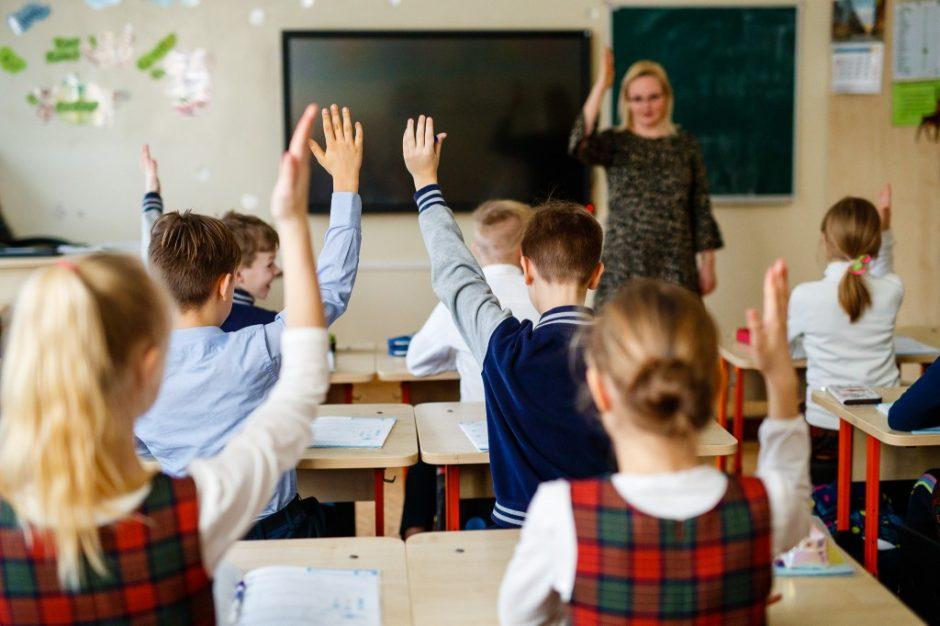 Ministras A. Monkevičius sveikina pedagogus Tarptautinės mokytojų dienos proga