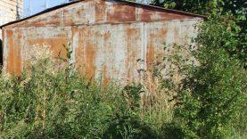 Šiauliuose nuo valstybinės žemės planuojama šalinti čia įsikūrusius metalinių garažų kompleksus