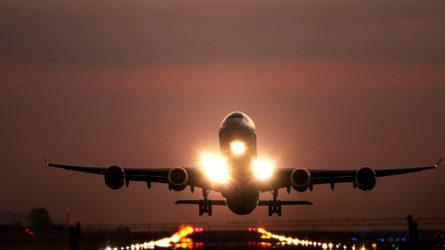 Keliaujantieji svetur raginami domėtis izoliacijos sąlygomis