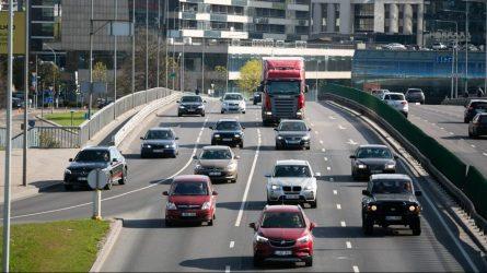 """Ministrė R. Tamašunienė: """"Šiandien prisiminkime saugaus eismo keliuose taisykles"""""""