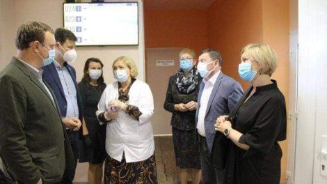 Tobulins gyventojų aptarnavimą sveikatos įstaigose