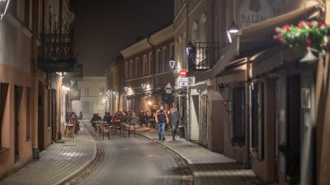 Vilnius: barams – griežtesnės taisyklės, bet ne uždarymas