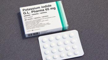 Sostinėje nuo antradienio pradedamos dalyti jodo tabletės: vilniečiai jas nemokamai galės atsiimti vaistinėse