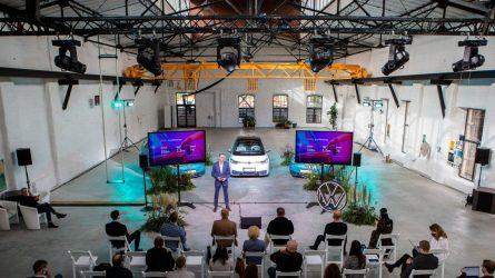 Ekspertai sutaria: elektromobilius vairuosime jau netrukus