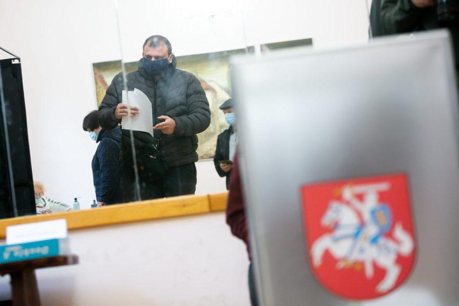Saviizoliacijoje esantiems rinkėjams – specialios balsavimo vietos
