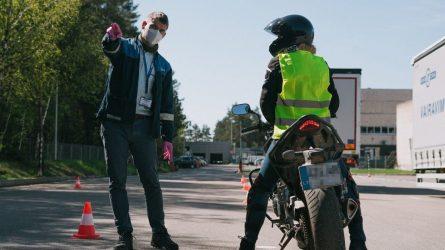 """Motociklininkų egzaminų sezonas """"Regitroje"""" bus ilgesnis"""