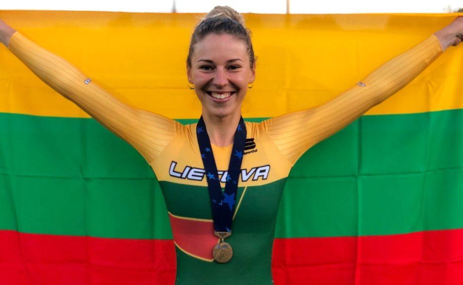 Ir plente, ir treke lenktyniaujanti dviratininkė Olivija Baleišytė: tokio sezono dar nėra buvę