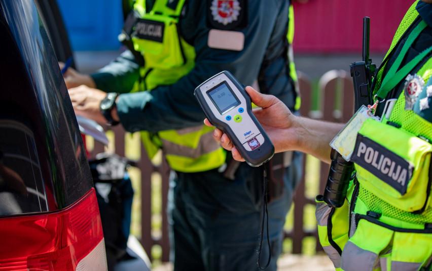 Klaipėdos Kelių policijos pareigūnai per savaitę išaiškino 6 neblaivius vairuotojus, vienas – bandė sprukti