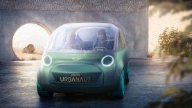 """""""Mini"""" pristatė koncepcinį elektrinį automobilį, kuris transformuosis į kambarį ant ratų"""