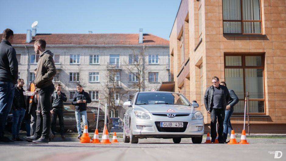 Specialieji pirminiai kursai vairuotojų mokytojams ir vairavimo instruktoriams