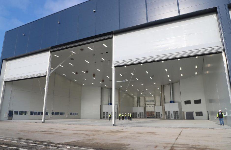 """Karmėlavoje plečia veiklą orlaivių dažymo kompanija """"MAAS Aviation"""""""