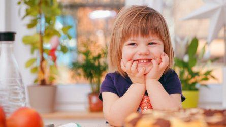 Vaikiškų dantukų priežiūra: ką dažniausiai pamiršta tėvai?