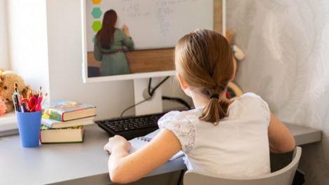 Po atostogų mokiniai mokysis nuotoliniu būdu