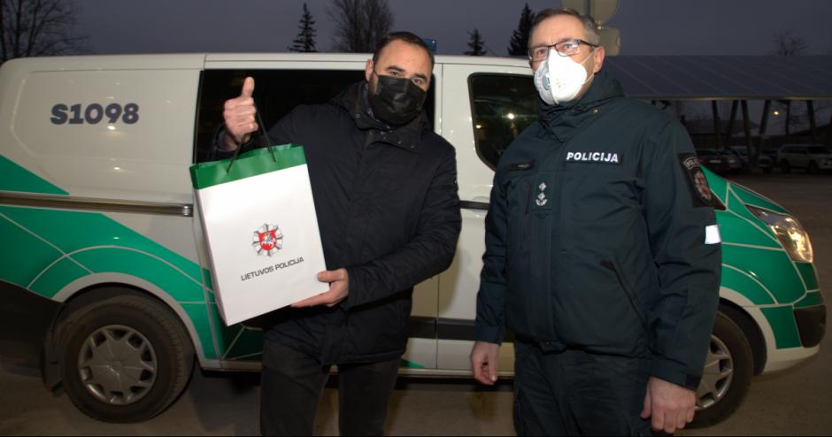 Pilietiškas šiaulietis padangų badytoją atidavė į policijos rankas