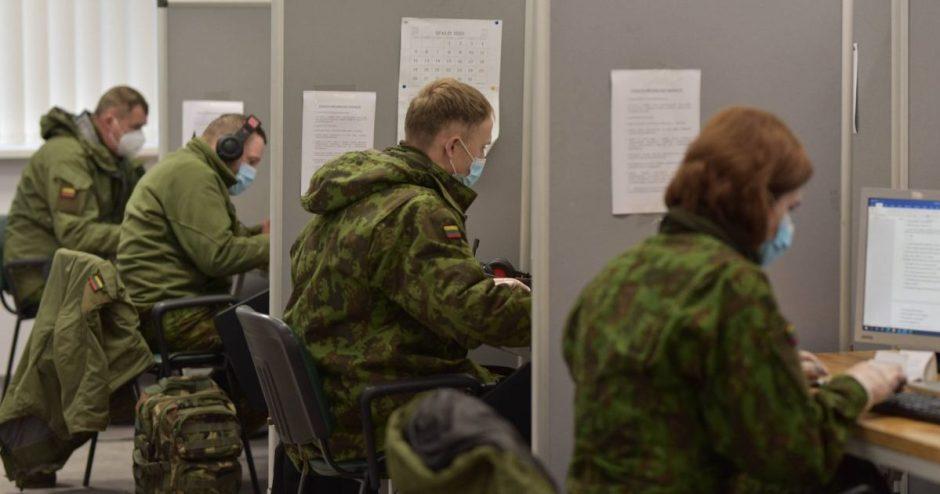 NVSC padedantys kariai savanoriai: susitelkę pandemiją įveiksime