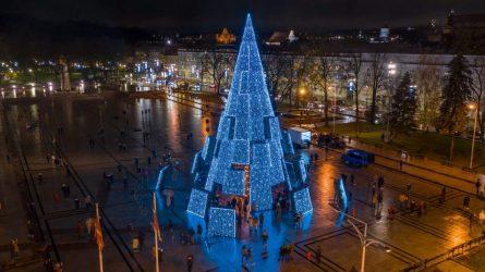 Per šventes Vilniaus eglę stebėsime internetu, bus judumo ribojimų centre