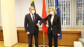 Darbą pradeda naujoji ekonomikos ir inovacijų ministrė Aušrinė Armonaitė