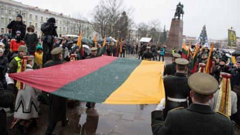 Tradiciškai Sausio 1-ąją bus minima Lietuvos vėliavos diena