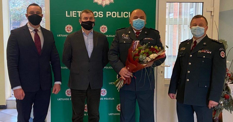 Utenos policijos kolektyvas atsisveikino su ilgamečiu kolega
